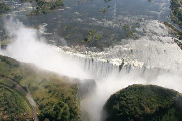 Photographie des chutes de Victoria au Zimbabwe